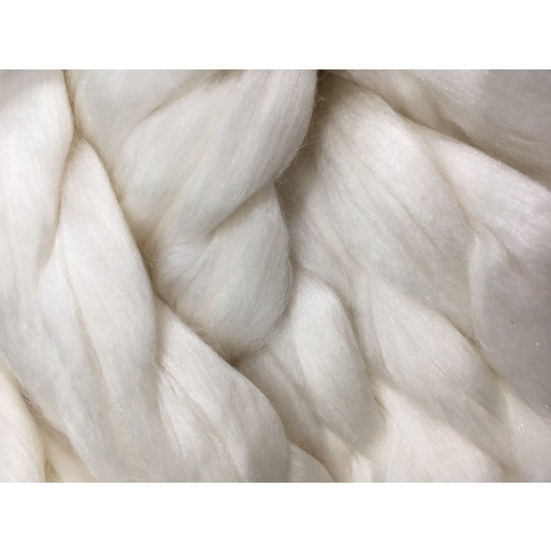 Natural White  -  50% 17 micron Wool/ 50% Mulberry Silk Tops [Size: 50gm]