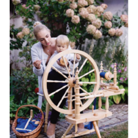 Kromski  Polonaise Spinning Wheel Clear Finish