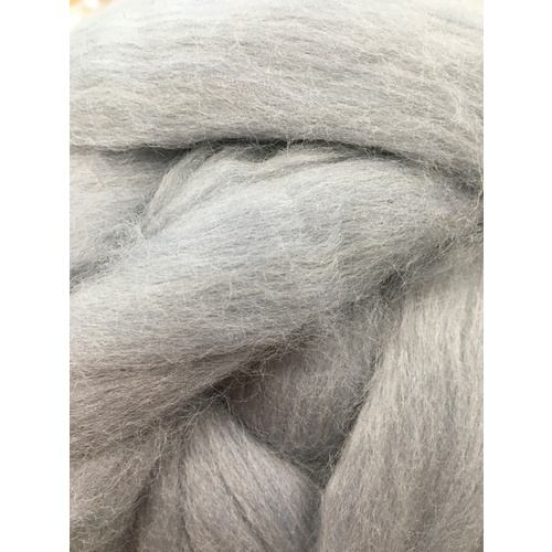 21 Micron Craft Wool Tops SOFT GREY [Size: 100gm]
